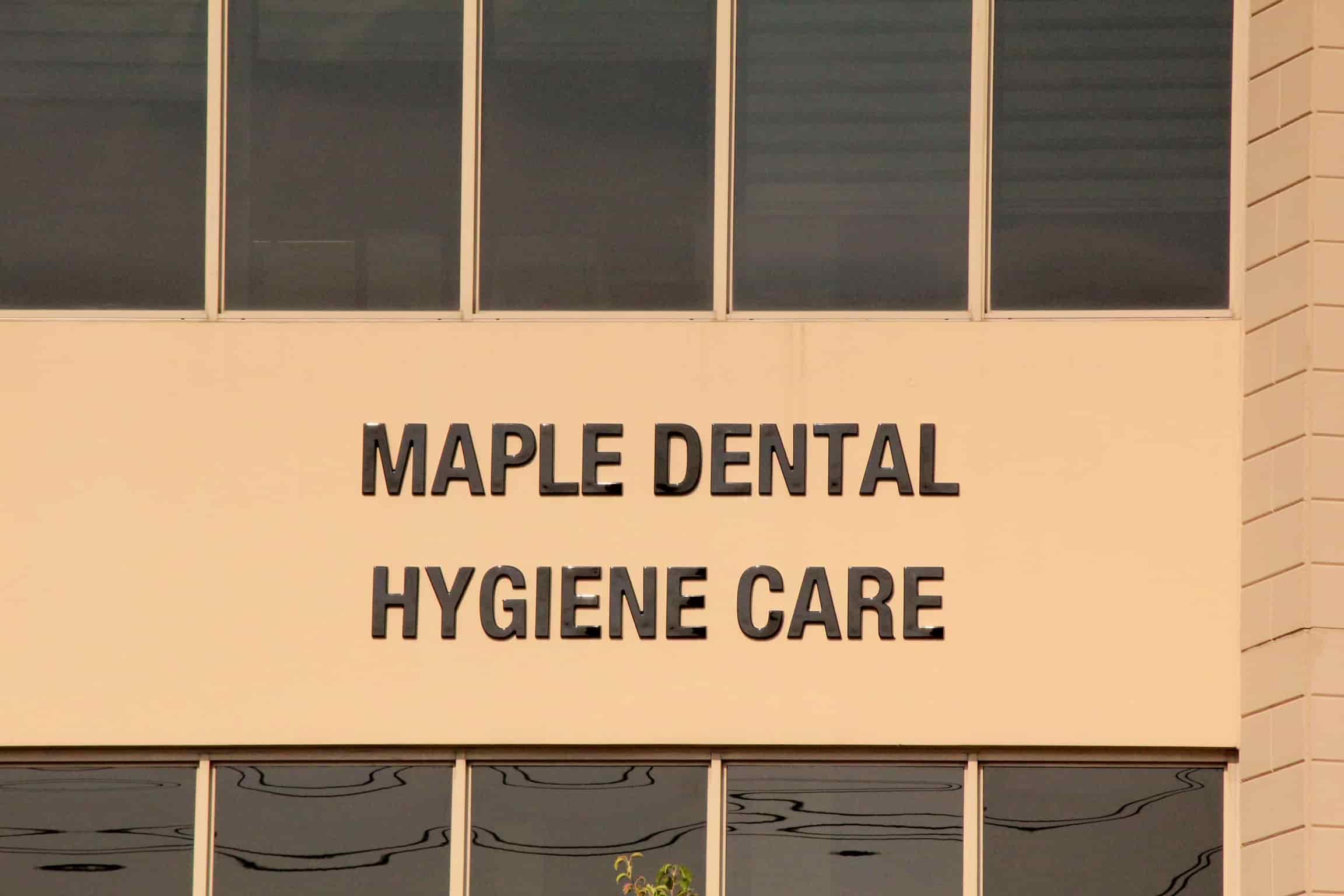 teeth cleaning vaughan